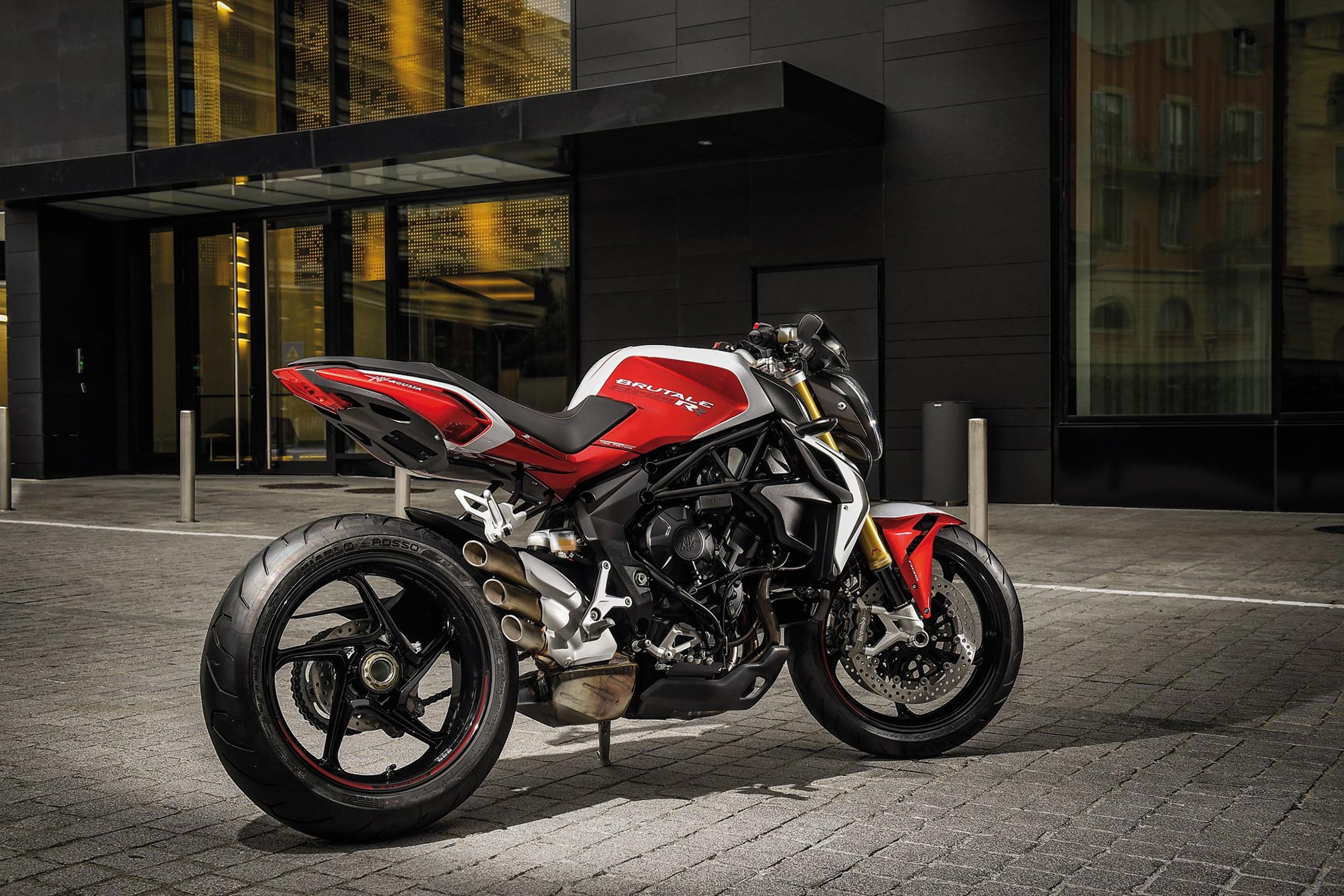 2016 MV Agusta Brutale 800 Specs and Top Speed